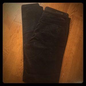 NWOT, AG velvet Farrah skinny jeans in black